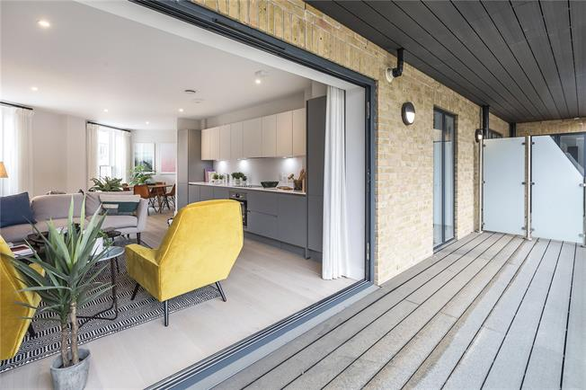 Asking Price £575,000, 1 Bedroom Flat For Sale in London, N1