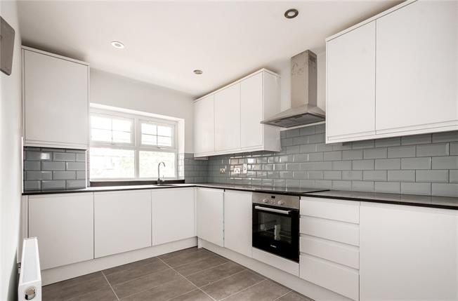 Asking Price £324,950, 1 Bedroom Flat For Sale in London, NW2