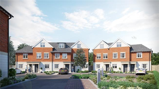 Asking Price £950,000, 4 Bedroom Semi Detached House For Sale in London, SW20