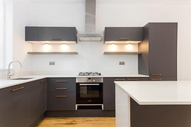 Asking Price £965,000, 3 Bedroom Terraced House For Sale in London, SE1