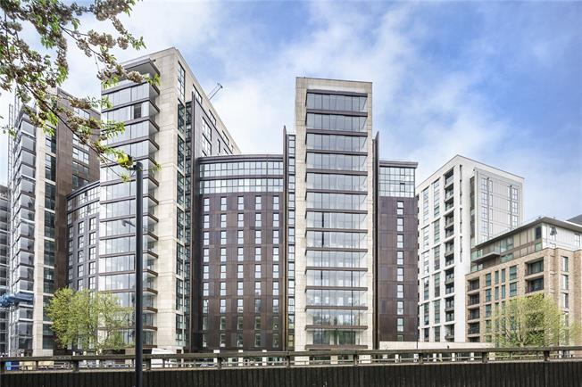 Asking Price £1,515,000, 2 Bedroom Flat For Sale in London, W2