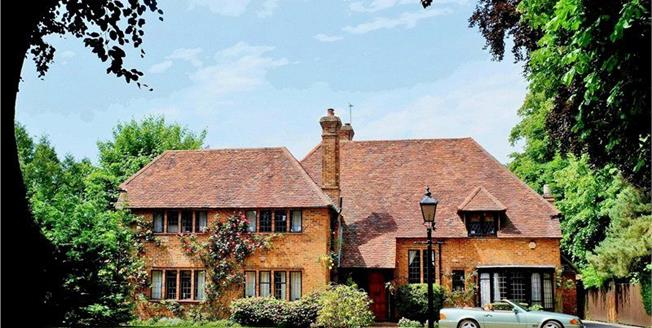 Guide Price £1,995,000, 5 Bedroom Detached House For Sale in Buckinghamshire, SL1