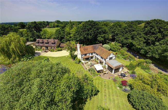 Guide Price £2,975,000, 5 Bedroom Detached House For Sale in Waltham St. Lawrence, RG10