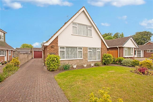 Offers in excess of £589,950, 4 Bedroom Bungalow For Sale in Maidenhead, SL6