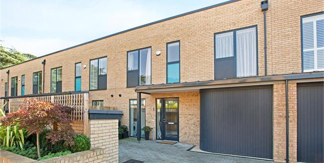 Guide Price £850,000, 3 Bedroom Terraced House For Sale in Maidenhead, SL6