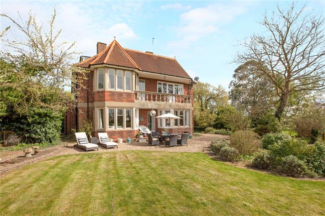 6 Bedroom Detached House For Sale in for Guide Price £1,450,000.