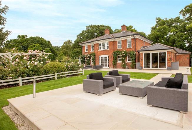 Guide Price £1,900,000, 4 Bedroom Detached House For Sale in Windsor, Berkshire, SL4