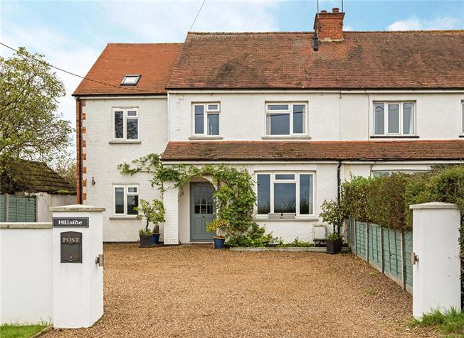 Guide Price £699,950, 4 Bedroom Semi Detached House For Sale in Maidenhead, Berkshire, SL6