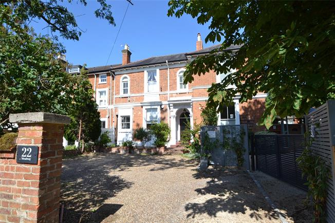 Guide Price £795,000, 3 Bedroom Terraced House For Sale in Berkshire, SL6