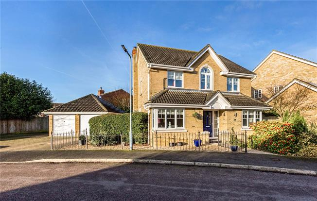 Offers in excess of £725,000, 4 Bedroom Detached House For Sale in Maidenhead, SL6