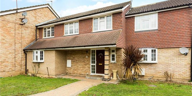 Guide Price £539,950, 4 Bedroom Terraced House For Sale in Maidenhead, SL6