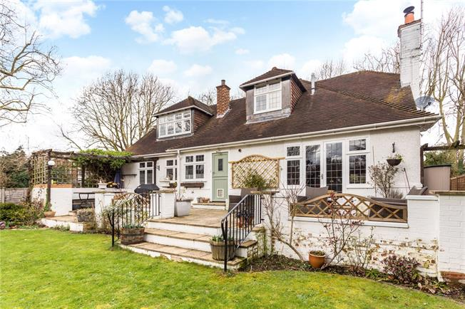Offers in excess of £850,000, 3 Bedroom Detached House For Sale in Maidenhead, SL6