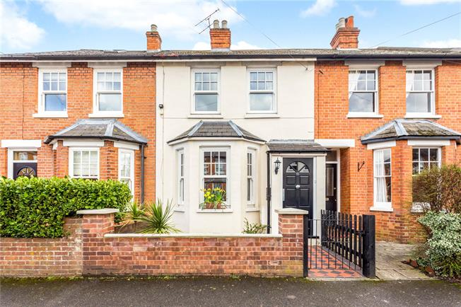 Guide Price £500,000, 3 Bedroom Terraced House For Sale in Maidenhead, SL6
