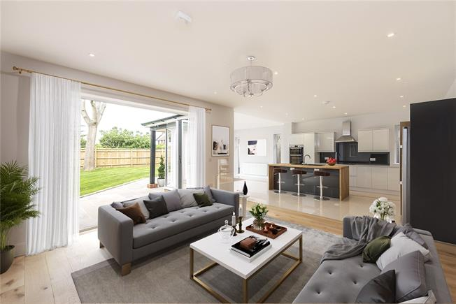 Asking Price £1,225,000, 5 Bedroom Detached House For Sale in Berkshire, SL6