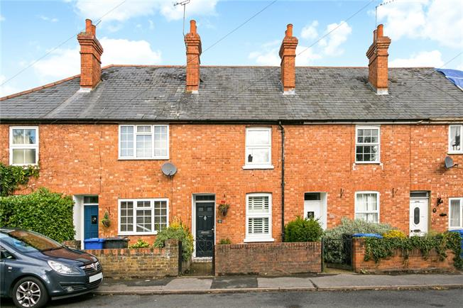 Asking Price £395,000, 2 Bedroom Terraced House For Sale in Maidenhead, SL6