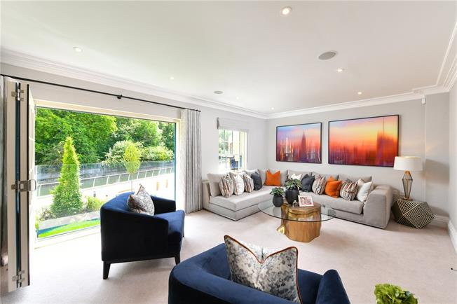 Asking Price £1,040,000, 3 Bedroom Terraced House For Sale in Maidenhead, SL6