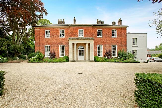 Guide Price £595,000, 3 Bedroom Flat For Sale in Marlborough, Wiltshire, SN8