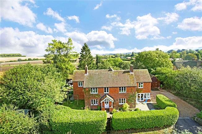 Guide Price £835,000, 4 Bedroom Detached House For Sale in Shalbourne, SN8