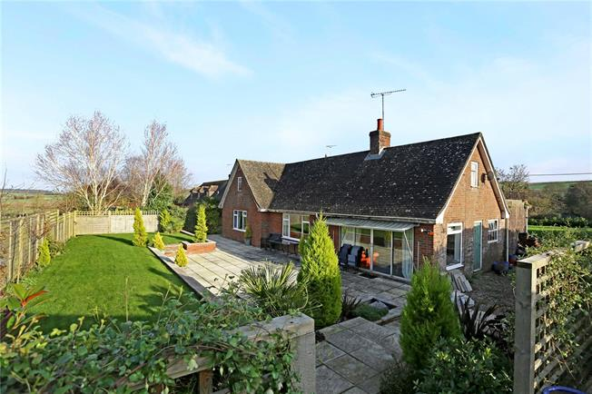 Guide Price £545,000, 3 Bedroom Bungalow For Sale in Collingbourne Kingston, SN8