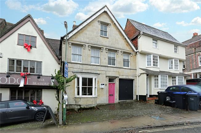 Guide Price £725,000, 5 Bedroom Terraced House For Sale in Marlborough, SN8