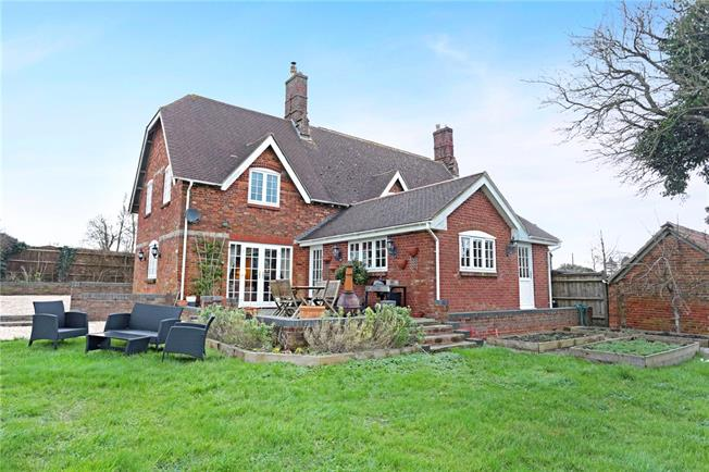 Guide Price £450,000, 4 Bedroom Semi Detached House For Sale in West Overton, SN8