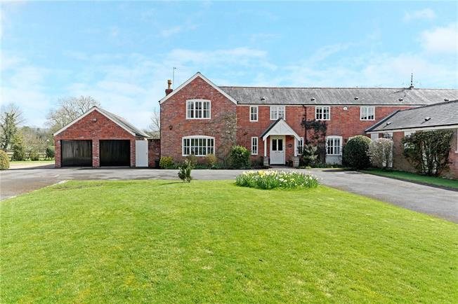 Guide Price £650,000, 5 Bedroom Semi Detached House For Sale in Bishop's Cannings, SN10