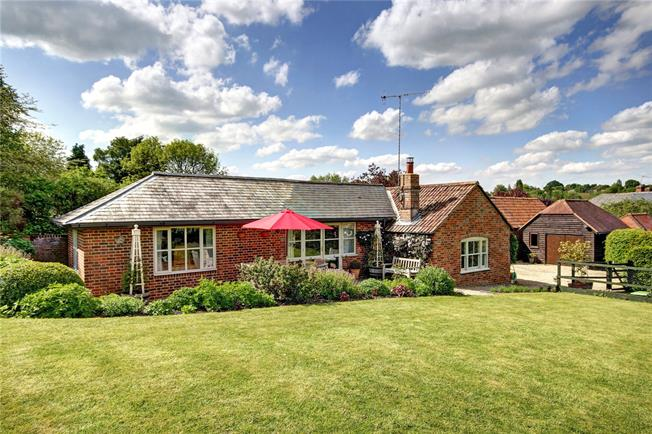 Guide Price £695,000, 3 Bedroom Bungalow For Sale in Manton, SN8