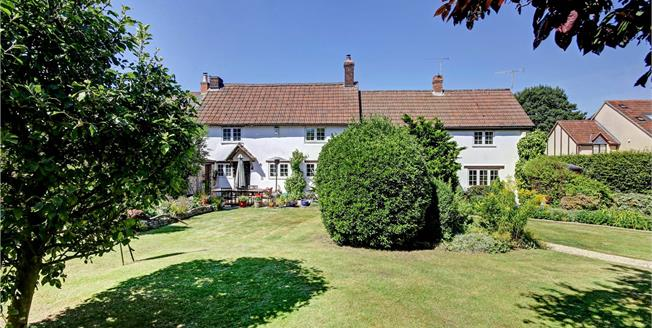 Guide Price £525,000, 4 Bedroom Semi Detached House For Sale in Calne, SN11