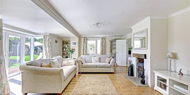 Guide Price £665,000, 4 Bedroom Bungalow For Sale in Wiltshire, SN8