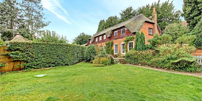 Guide Price £450,000, 3 Bedroom Semi Detached House For Sale in Wootton Rivers, SN8