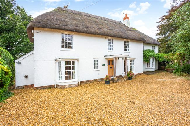 Asking Price £875,000, 4 Bedroom Detached House For Sale in Wiltshire, SN9