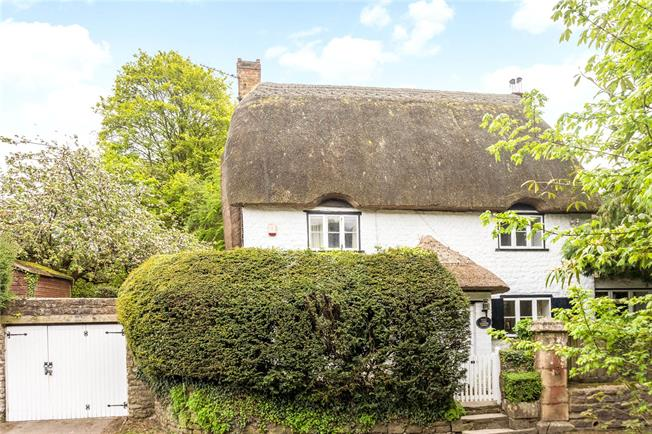 Guide Price £330,000, 2 Bedroom Detached House For Sale in Swindon, Wiltshire, SN4
