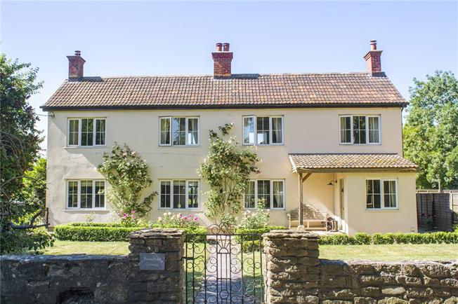 Guide Price £600,000, 4 Bedroom Detached House For Sale in East Tytherton, SN15