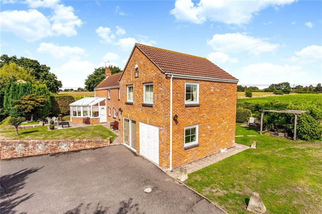 Offers in excess of £650,000, 4 Bedroom Detached House For Sale in Market Lavington, SN10