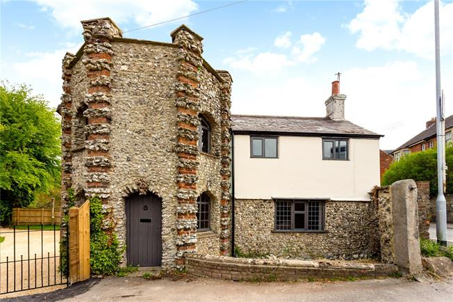 Offers in excess of £399,995, 3 Bedroom Detached House For Sale in Marlborough, SN8