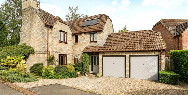 Guide Price £515,000, 4 Bedroom Detached House For Sale in Marlborough, Wiltshire, SN8