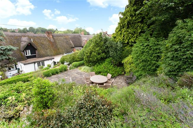Guide Price £495,000, 4 Bedroom Detached House For Sale in Collingbourne Ducis, SN8