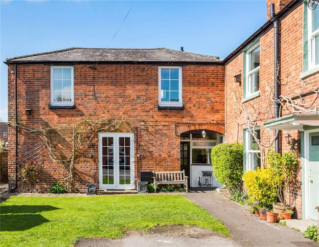 Guide Price £375,000, 2 Bedroom Semi Detached House For Sale in Wiltshire, SN8