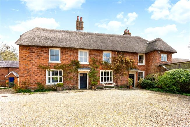 Guide Price £1,200,000, 5 Bedroom Detached House For Sale in Pewsey, Wiltshire, SN9