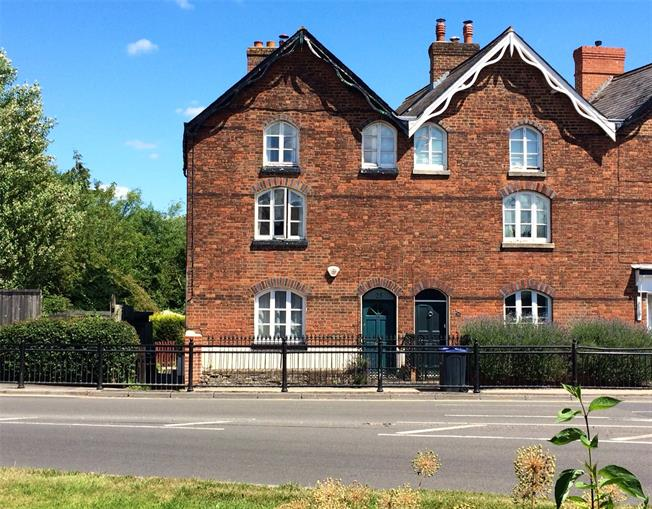 Guide Price £230,000, 3 Bedroom Semi Detached House For Sale in Marlborough, SN8