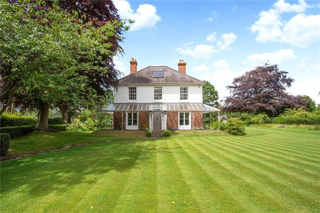 Guide Price £925,000, 4 Bedroom Garage For Sale in Pewsey, SN9