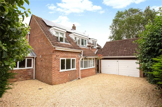 Asking Price £675,000, 4 Bedroom Detached House For Sale in Marlborough, Wiltshire, SN8