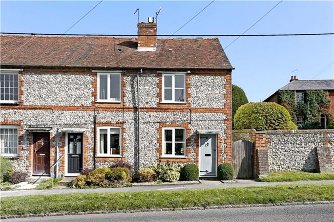 Guide Price £369,950, 3 Bedroom Semi Detached House For Sale in Buckinghamshire, HP14