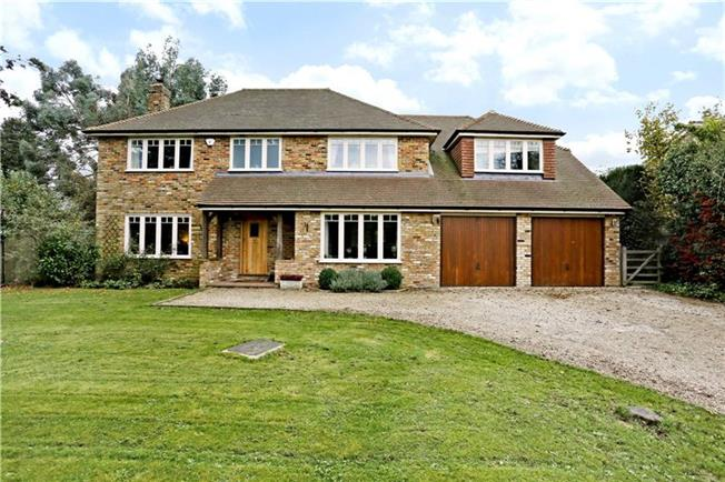 Guide Price £1,275,000, 5 Bedroom Detached House For Sale in Buckinghamshire, HP14