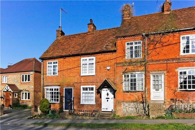 Asking Price £329,950, 2 Bedroom Terraced House For Sale in Lane End, HP14