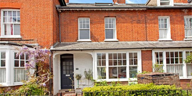 Guide Price £775,000, 3 Bedroom Terraced House For Sale in Marlow, SL7