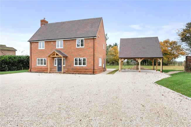 Guide Price £1,195,000, 5 Bedroom Detached House For Sale in High Wycombe, Buckinghams, HP14