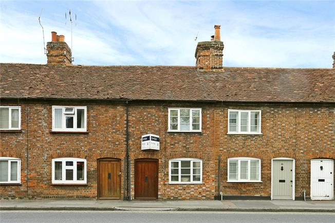 Guide Price £525,000, 2 Bedroom Terraced House For Sale in Marlow, SL7
