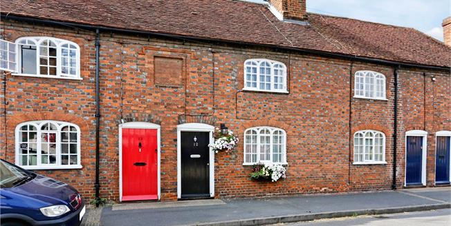 Guide Price £475,000, 2 Bedroom Terraced House For Sale in Bisham, Marlow, SL7