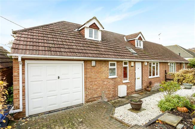 Guide Price £625,000, 3 Bedroom Semi Detached House For Sale in Marlow, SL7